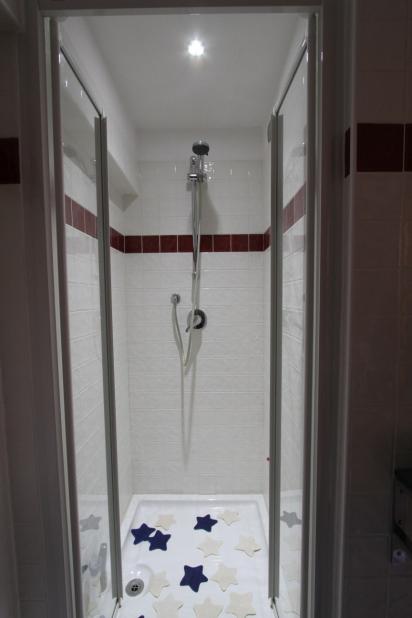 Tecnoilluminazione illuminazione led a verona applicazioni residenza privata verona 2010 - Illuminazione doccia con led ...