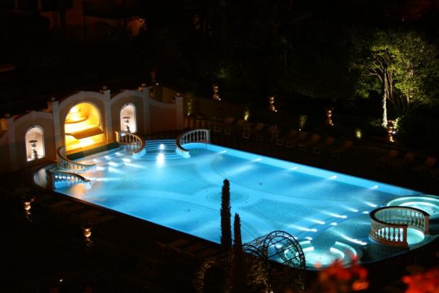 Tecnoilluminazione illuminazione led a verona - Illuminazione piscina ...